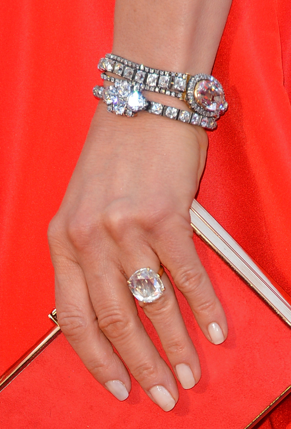 2013 Oscars Red Carpet - Jennifer Aniston's Engagement Ring and Fred Leighton Bracelets