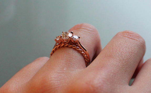 Rose gold 3-stone diamond ring profile