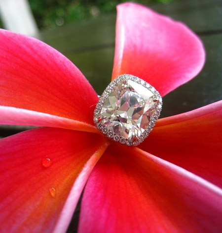4 carat cushion cut diamond ring