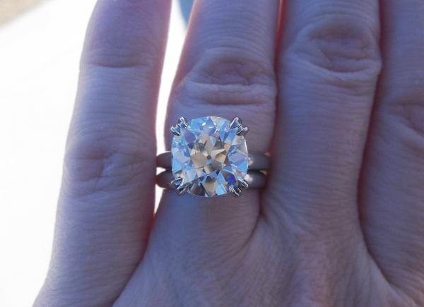 Jewel S Of The Week 3 Huge Diamonds Ring In 2013