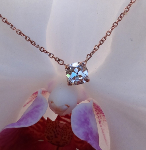 August Vintage cushion diamond pendant in rose gold