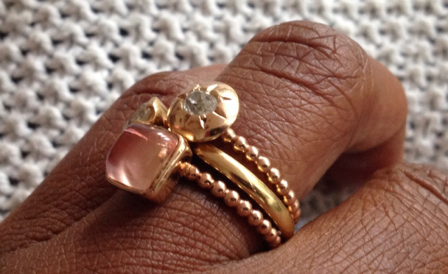 rings in yellow and rose gold with rose quartz and diamonds - Image by Acinom