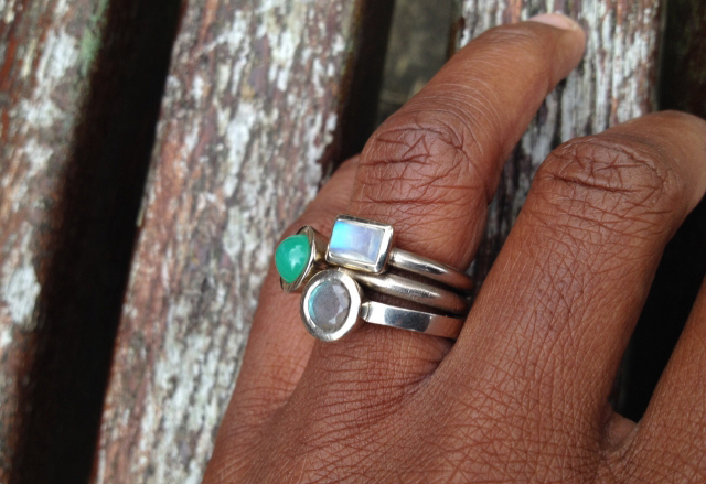 rings in white gold with moonstone, chrysoprase, and labradorite - Image by Acinom