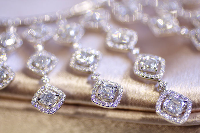 Blue Nile Red Carpet Event, 31.81-carat cushion-cut diamond statement necklace