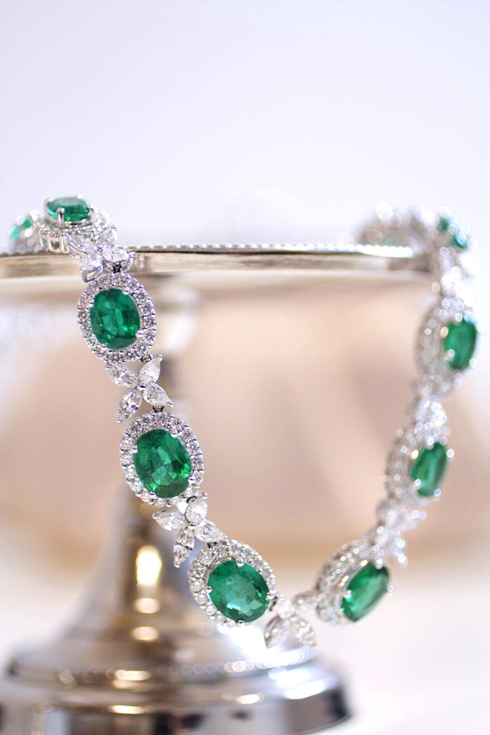 Blue Nile Red Carpet Event, emerald and diamond necklace • Image by Erika Winters