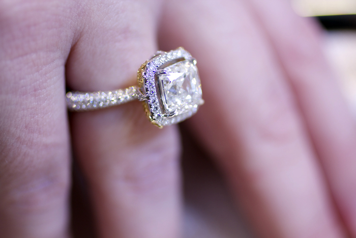 Watch The Engagement Ring Styles That Are In and Out This Year video