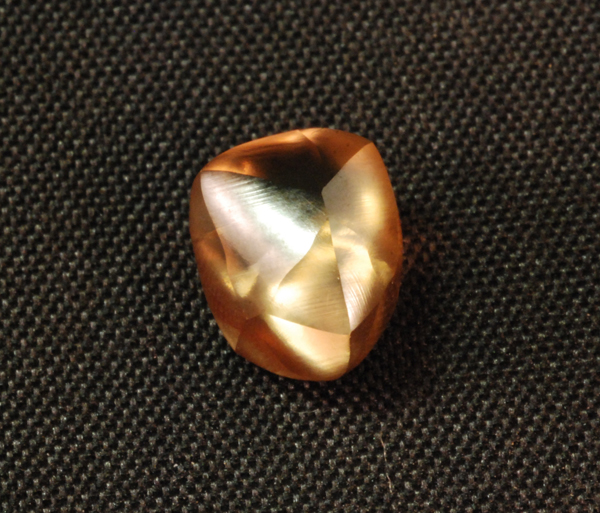 2.95-carat brown diamond found at Arkansas state park