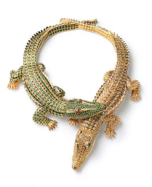 Cartier crocodile necklace worn by María Félix