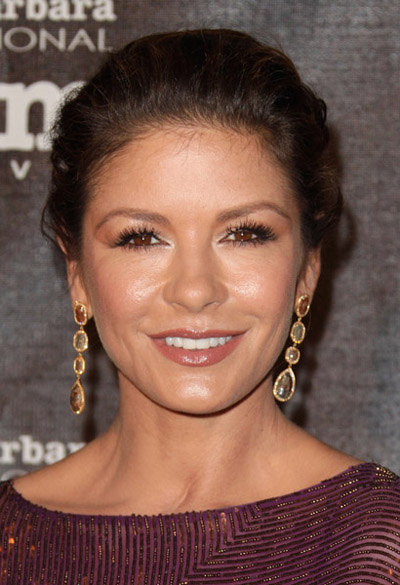 Catherine Zeta Jones in Sutra Diamond Earrings