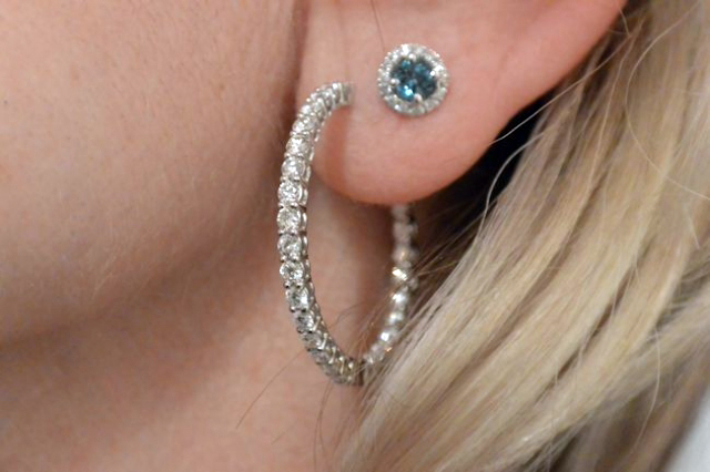 Catmom's 2.5-carat diamond hoops with blue zircon and diamond studs