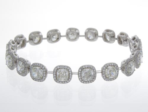 Centurion Design Awards 2014 - William Levine diamond bracelet