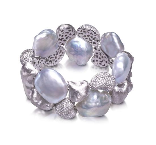 Centurion Design Awards 2014 - Yvel pearl bracelet