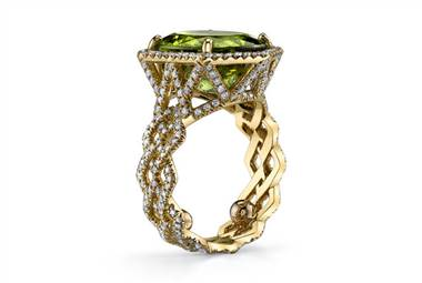 Peridot Chevron Ring - in 18kt Yellow Gold - (1.04 CTW) by Ritani