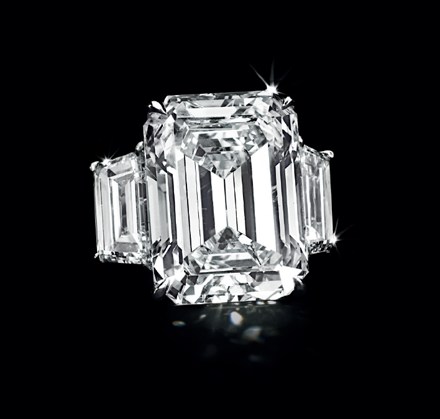 Kim Kardashian's Engagement Ring from Kris Humphries Fetches $749,000 at Auction