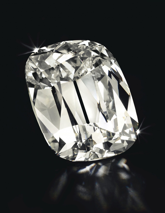 A 101.36-carat diamond fetched $4.9 million at Christie's New York • Image: Christie's