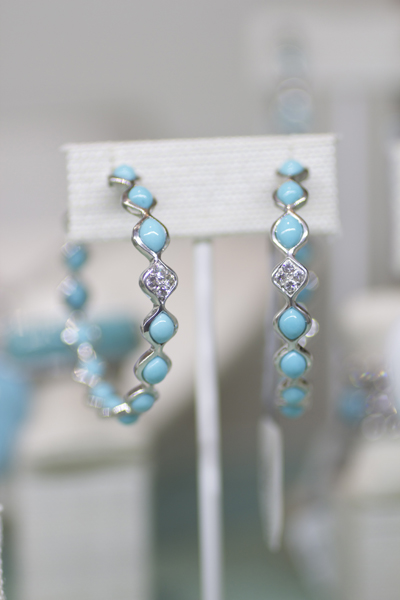 Elizabeth Showers Simone turquoise hoop earrings