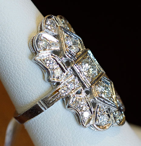 Door Prize PS GTG 2016:  1.34 cttw Vintage Diamond Ring (Side View) from Good Old Gold