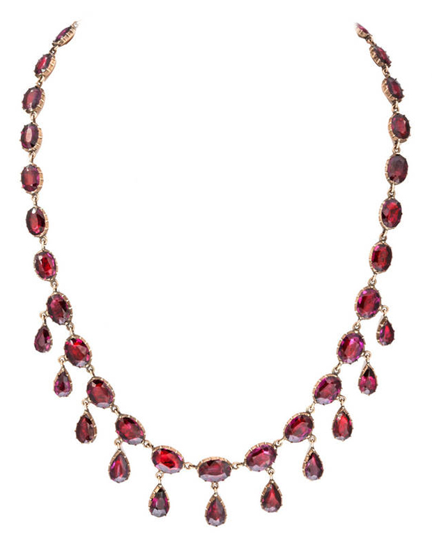 Georgian garnet necklace (circa 1820) from Glorious Antique Jewelry at 1stdibs
