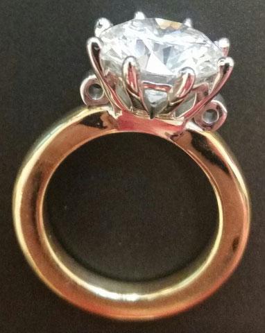 Scandinavian's 10 Year Wedding Anniversary Gift - 5 Carat Diamond (Side View) - image by Scandinavian