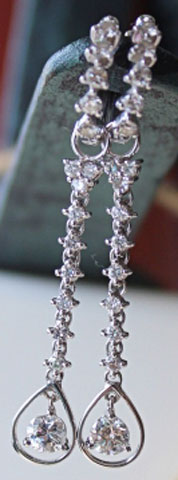 Sparkle_ruckle's Heirloom Detachable Hoop Diamond Earrings - image by Sparkle_ruckle
