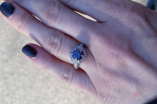 benjdow's Montana Sapphire Engagement Ring (Hand with Blue View) - image by benjdow