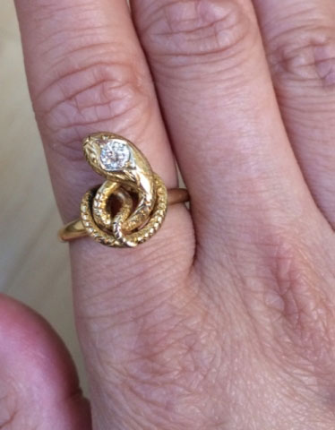 blingbunny10's Victorian Snake Ring (Hand View) - image by blingbunny10