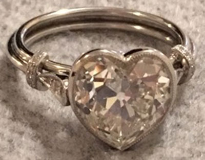 kylier's Vintage Heart-Shaped Diamond Ring (Front View) - image by kylier
