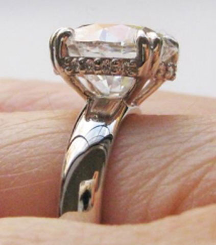 luckyhonu's 3.366 Carat Diamond Engagement Ring (Side View) - image by luckyhonu