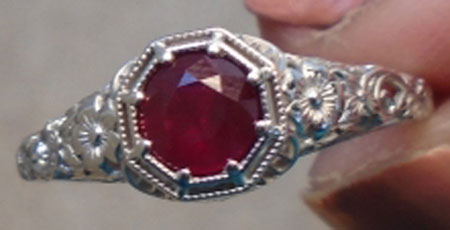userangl28212003's Intricate Vintage Ruby Red Ring (Top View) - image by userangl28212003
