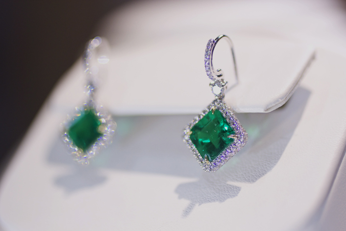 Earrings with 5.50 ct. tw. of Colombian emeralds by Omi Prive