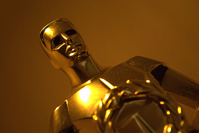 Gold Statuette - Academy Award Winner (CC BY 2.0) by Dave B