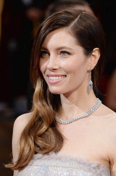 2014 Oscars - Jessica Biel in Tiffany Jewels