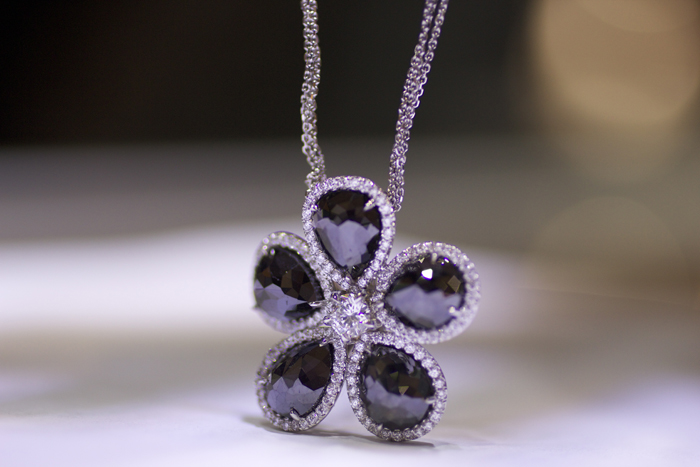 Black rose-cut diamond necklace by Rahaminov Diamonds