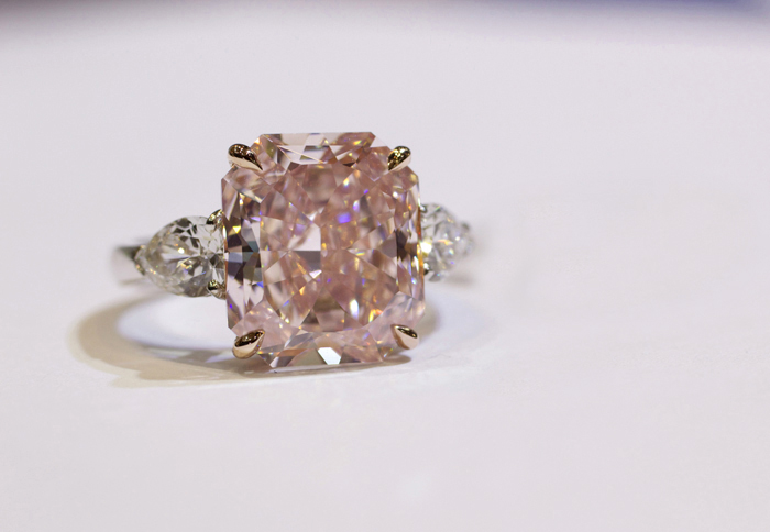 Rahaminov Diamonds 7-carat pink diamond ring • Image Erika Winters