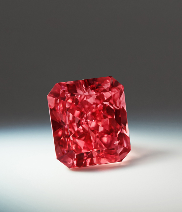 Argyle Cardinal • 1.21-carat fancy red diamond • Image: Rio Tinto Diamonds