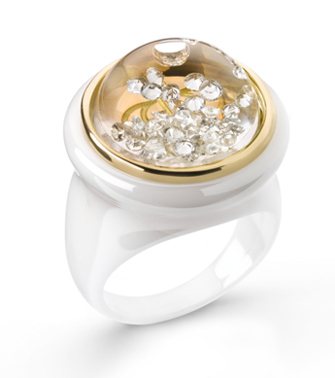 Shining Stars by Royal Asscher white ceramic and 18k yellow gold floating diamond ring