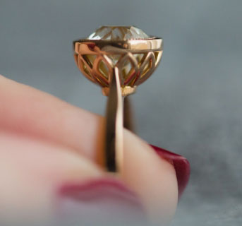 lin_ny's Rose Gold Bezel OEC Engagement Ring (Side View) - image by lin_ny