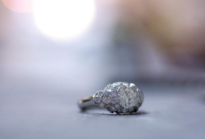 Art Deco-style diamond and platinum ring by Van Craeynest