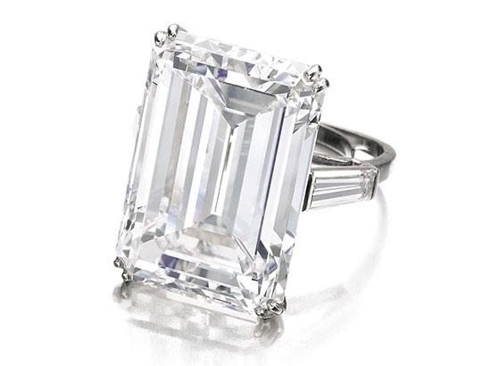 31.34-carat Victory diamond • Sotheby's