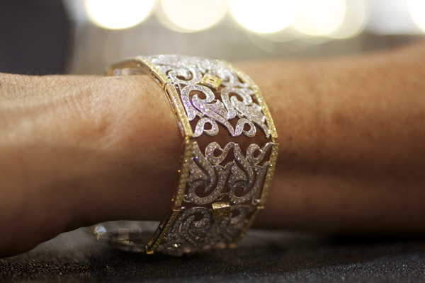Yael Designs Bracelet with yellow and white diamonds
