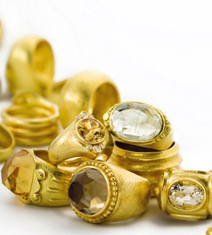 22k gold rings by Anat Gelbard