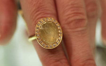 Anne Sportun sapphire diamond ring Couture 2011