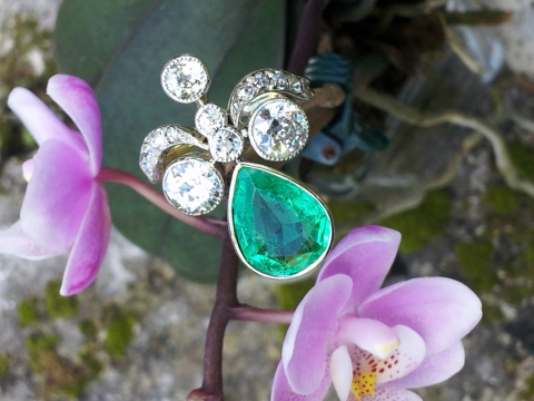 Antique emerald and diamond ring - image by bbziggy