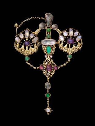 English Arts and Crafts brooch by John Paul Cooper