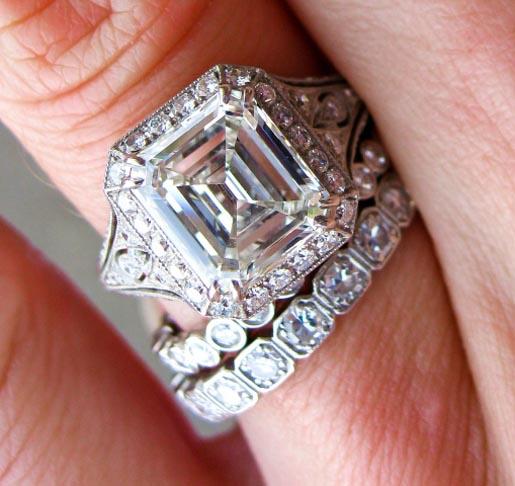 Jewel Of The Week Stunning 2 5 Carat Emerald Cut Diamond