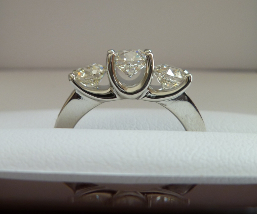 August Vintage Round Diamond Three-Stone Ring, Profile