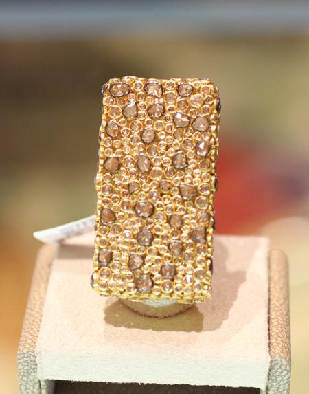 bavna rose cut diamond ring Couture 2011