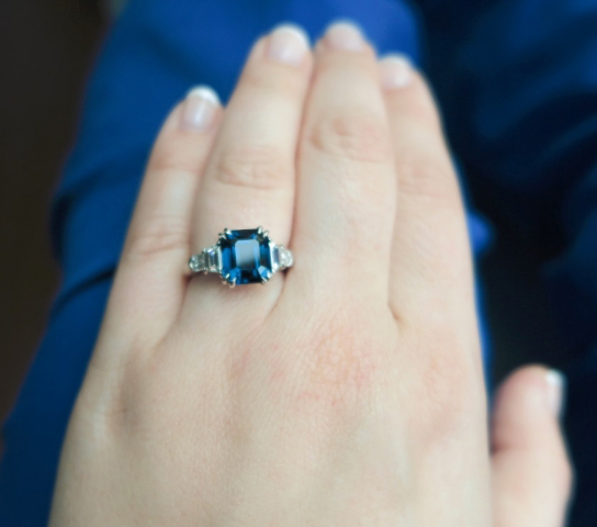 Jewel Of The Week Blue Spinel And Diamond 5 Stone Ring