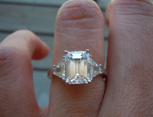 emerald cut setmain engagement zac your in tw ring own three diamond stone posen ct vi platinum jewellery truly build