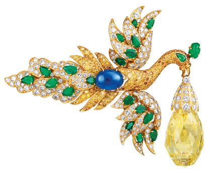 Van Cleef & Arpels Brooch pendant of bird and briolette